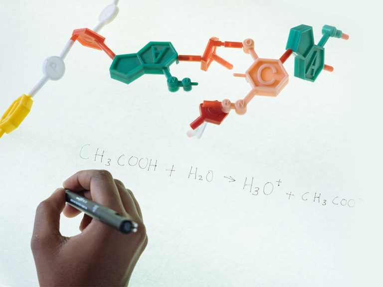 Writing Chemical equations next to a carbon chain figure